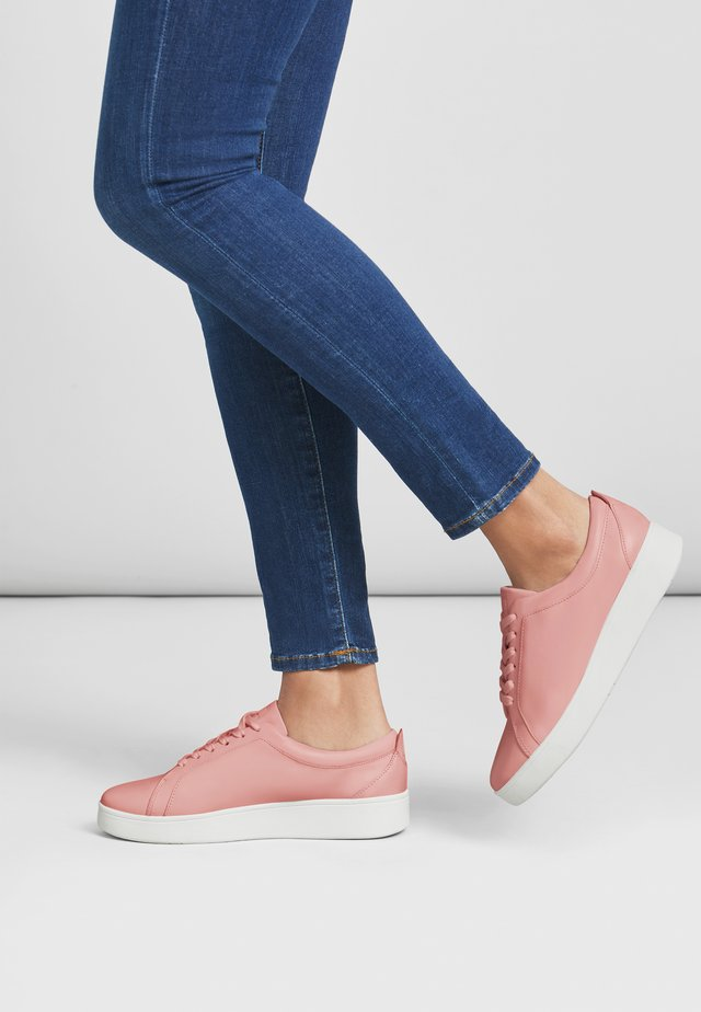 RALLY - Trainers - rose tan