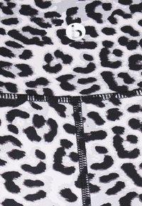 Cotton On Body - HIGHWAISTED SHORTIE - Leggings - winter - 6