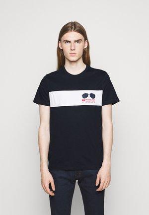 SPORT AVIATOR TEE - Print T-shirt - midnight