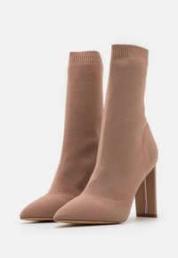 ALDO - DELUDITH - High heeled ankle boots - bone - 2