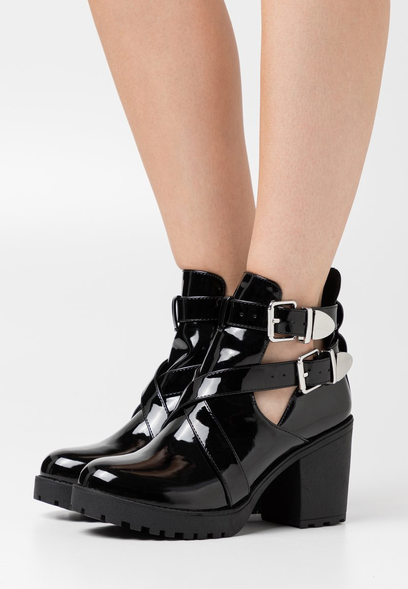 Nly by Nelly - BUCKLE - High heeled ankle boots - black