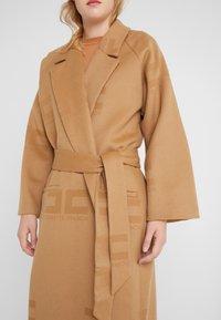 Elisabetta Franchi - Classic coat - cammello - 5