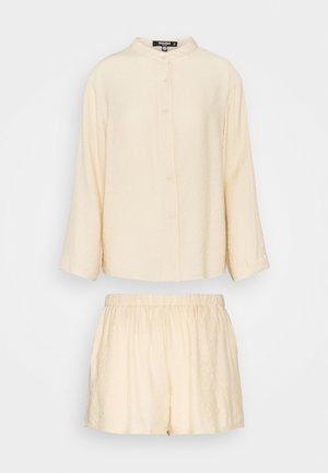 GRANDAD COLLAR AND ELASTICATED SHORTS SET - Kraťasy - cream
