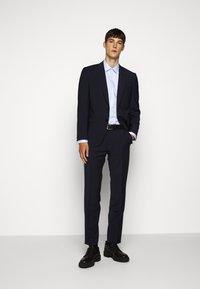 HUGO - KOEY - Camicia elegante - light pastel blue - 1