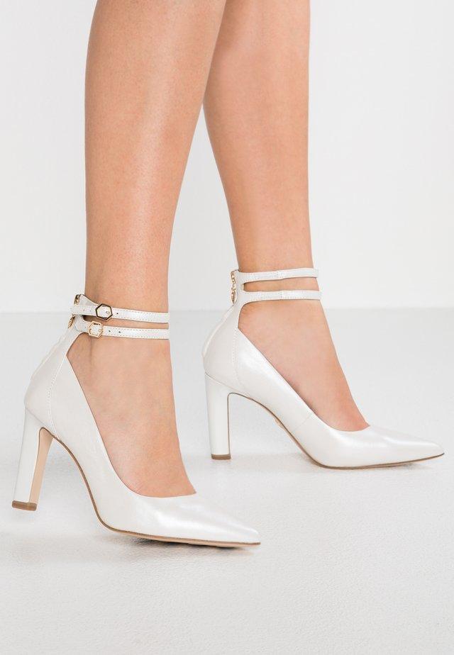 High heels - white pearl