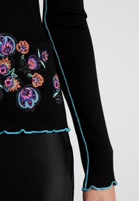 Desigual - LAUREN - Maglietta a manica lunga - multi-coloured - 5