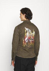 Be Edgy - FORREST - Denim jacket - khaki - 0