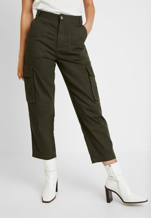 CAILYN TROUSERS - Broek - green