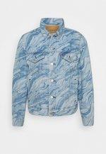 VINTAGE FIT TRUCKER - Kurtka jeansowa - blue denim