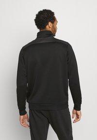 Nike Sportswear - Mikina - black/dark smoke grey/white - 2