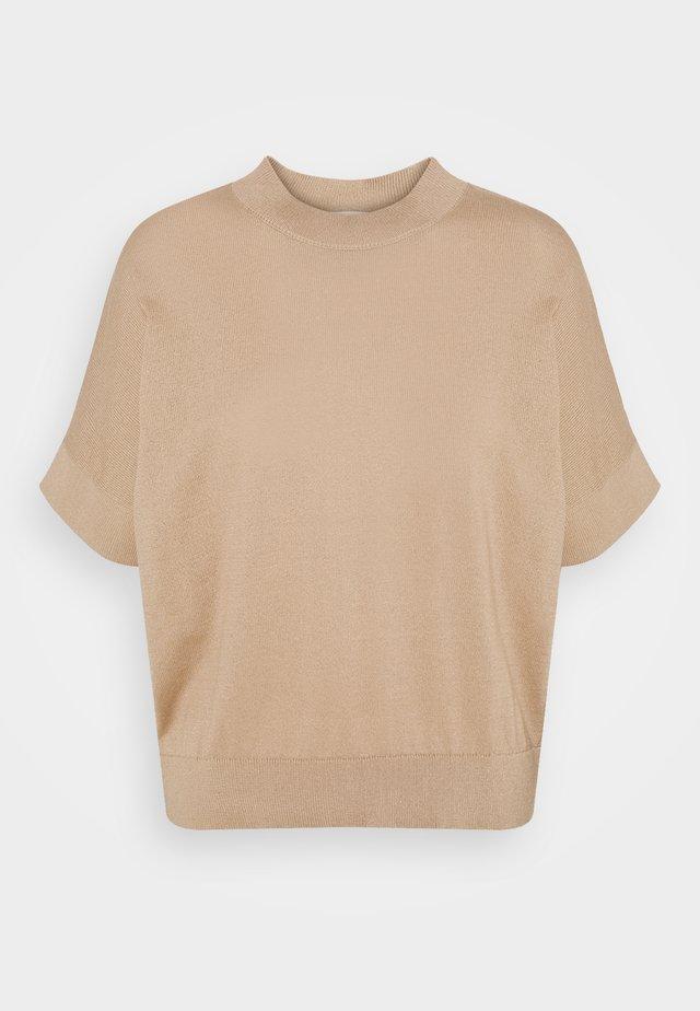 SLFMAJA O NECK - T-shirt imprimé - tan