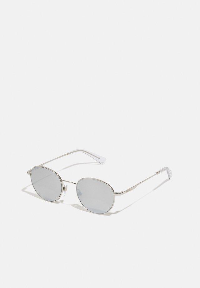 Sunglasses - shiny palladium/smoke mirror