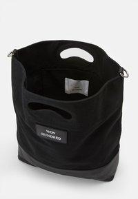Won Hundred - JOY - Shopping bag - black - 2