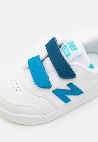 New Balance - IVCT60KW UNISEX - Sneakers laag - white/navy - 5