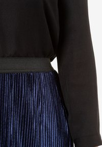 Ulla Popken - A-line skirt - deep dark blue - 4