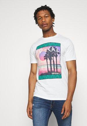 JORSOCAL CREW NECK - T-Shirt print - cloud dancer