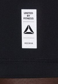 Reebok - LES MILLS® BIKE SHORTS - kurze Sporthose - black - 5