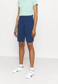 Jack Wolfskin - GRADIENT SHORT  - Sports shorts - dark indigo - 3