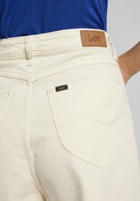 Lee - Jeans Short / cowboy shorts - ecru - 5