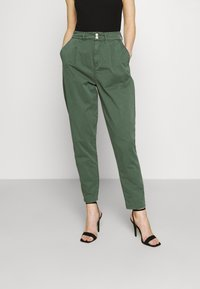 Pepe Jeans - MAMBA - Trousers - forest green - 0