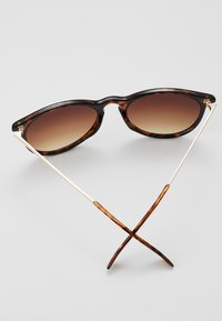 Zign - Sonnenbrille - brown - 2