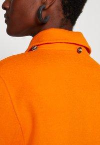 Oakwood - AMALFI - Klasický kabát - orange - 6
