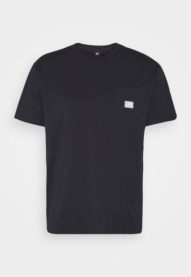 ATHLETICS POCKET - T-shirt basic - eclipse