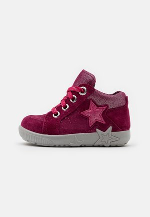 STARLIGHT - Baby shoes - rot/rosa