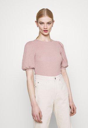 VMMILINA - Basic T-shirt - fawn
