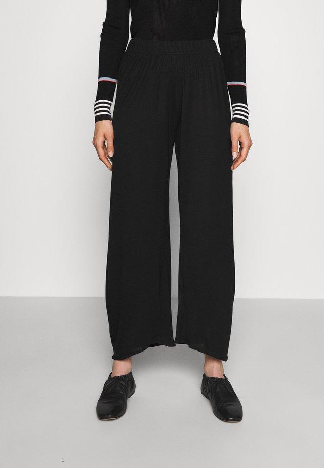 PIPETTE PANTS - Kalhoty - black