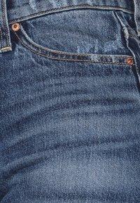 Ética - Denim shorts - hot springs - 3