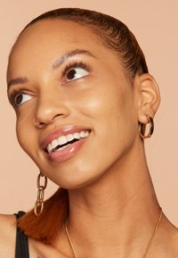 Nyx Professional Makeup - TOTAL CONTROL PRO DROP FOUNDATION - Foundation - beige - 3