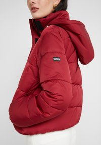 HUGO - FENJAS - Winter jacket - open red - 8