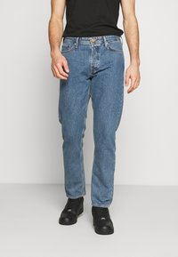 Jack & Jones - JJICHRIS JJORIGINAL - Straight leg jeans - blue denim - 0