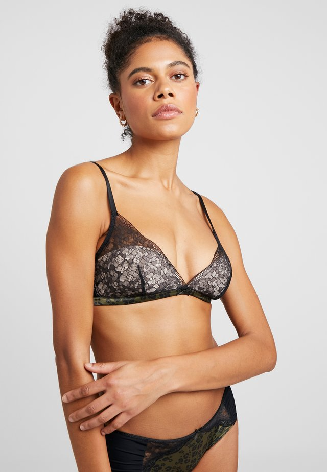 Triangle bra - black combination