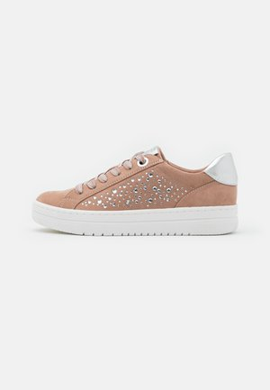 LACE-UP - Sneakers basse - nude