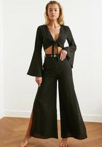 Trendyol - PARENT - Trousers - black - 1