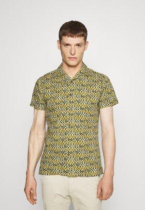 FUJI AZULES - Shirt - red print