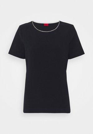 DOANA - Jednoduché triko - open blue