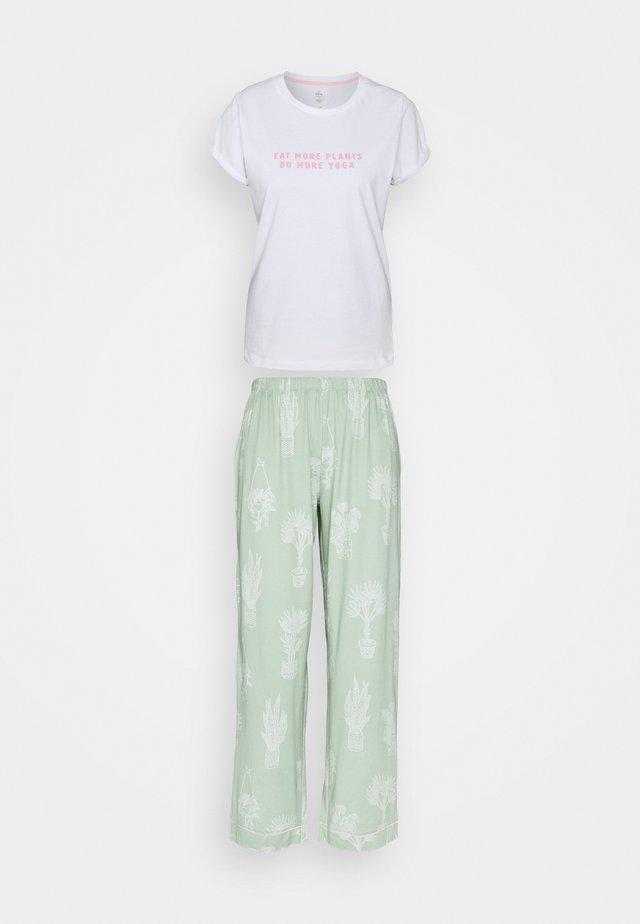 Pyžamo - multi