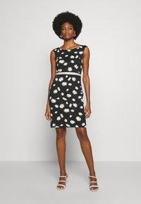 s.Oliver BLACK LABEL - Shift dress - black - 1