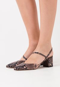 Kurt Geiger London - BURLINGTON SLING - Classic heels - pink - 0