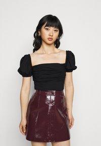Fashion Union Petite - DEIDRE BODYSUIT - T-shirts med print - black - 0