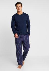 Pier One - SET - Pyjamaser - dark blue - 0