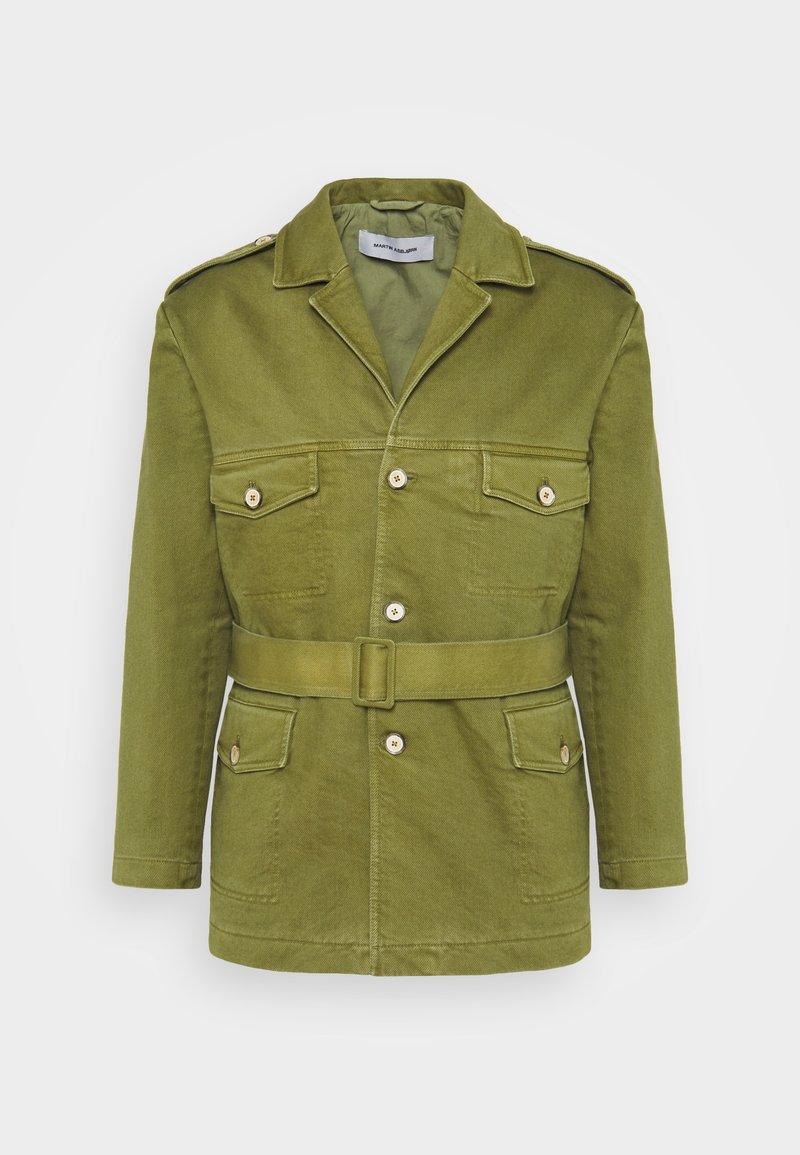 Martin Asbjørn - JACKSON SAFARI JACKET - Short coat - olive branch