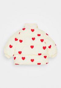 Mini Rodini - BABY HEARTS PICO PUFFER JACKET - Winter jacket - offwhite - 2