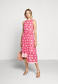 Three Floor - MOSAIC DRESS - Day dress - tomato red/chintz rose - 1