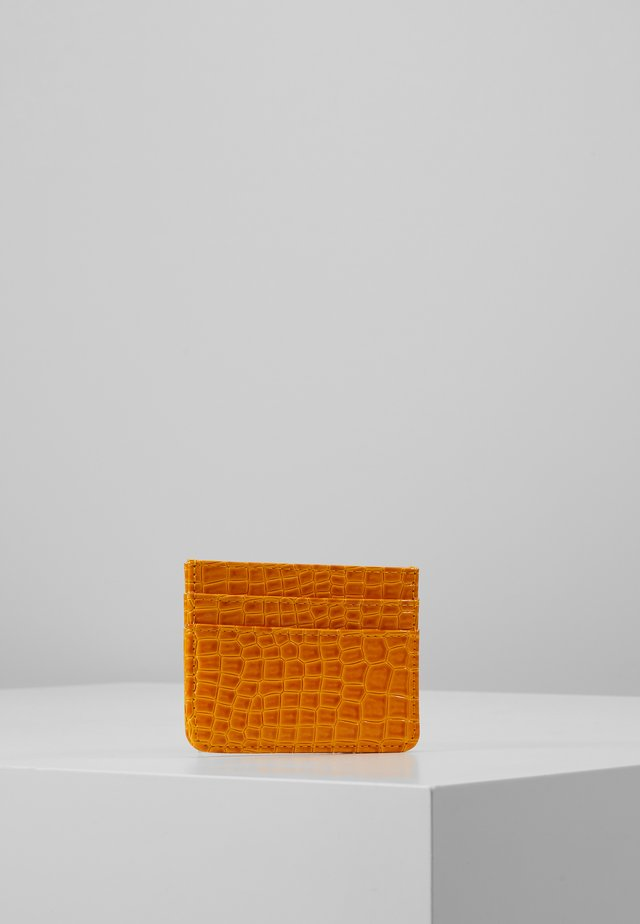 CARD HOLDER CROCO - Portfel - orange