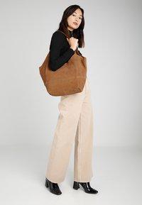 mint&berry - LEATHER - Tote bag - cognac - 1