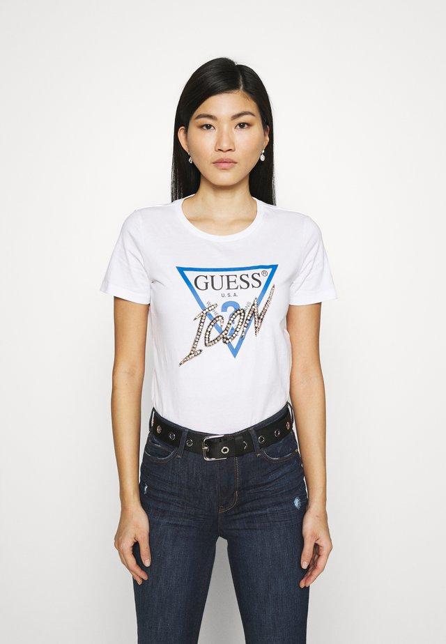 ICON TEE - T-shirt z nadrukiem - true white